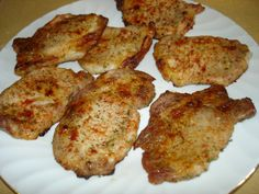 Ranch Pork Chops Recipe Ingredients: 1 ounce) packet hidden valley ranch dressing mix, teaspoon black pepper, 4 pork chops (about inch thick), dash paprika. Think Food, I Love Food, Good Food, Yummy Food, Tasty, Delicious Recipes, Pork Chop Recipes, Meat Recipes, Cooking Recipes