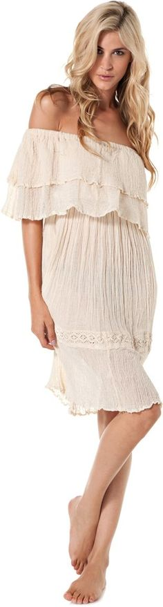 #layered #dress #cream #beach  Love it!!