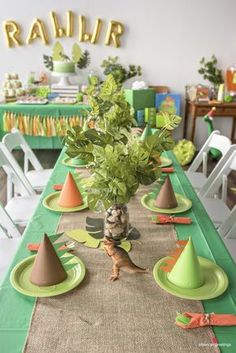 Decorating the Dining Table for a Dinosaur Party (except with girly colors)