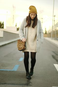Jersey/Jumper H&M - AW 13-14 Abrigo/Coat Pull&Bear - Old Bolso/Bag Day a Day - Old Gorro/Beanie H&M - AW 13-14 Botines/Booties Topshop - AW 13-14