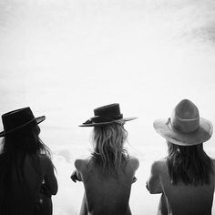 girls 'n hats.