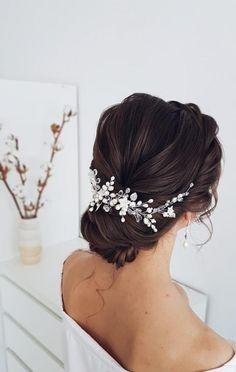 Bridal Hair Updo, Bridal Hair Vine, Headpiece Wedding, Wedding Hair And Makeup, Bridal Headpieces, Pearl Headpiece, Wedding Hair Brunette, Wedding Updo Black Hair, Wedding Hair Vine