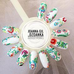 """Polubienia: 241, komentarze: 6 – Joanna Gil (@_dzoanka) na Instagramie: """"Folk w całości zmalowany #ArteBrillante od @indigonails #indigo #indigolove #indigonails…"""""""