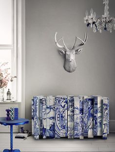 azulejos Buffet Boca do Lobo broke blue n white china ? Art Furniture, Contemporary Furniture, Painted Furniture, Furniture Design, Rustic Furniture, Outdoor Furniture, Contemporary Style, Family Furniture, Contract Furniture