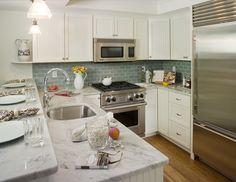 beach kitchen/surfside narragansett