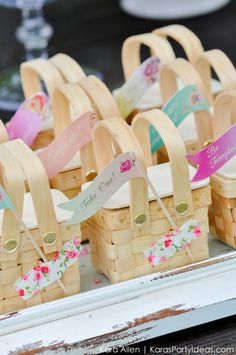 Mini picnic baskets! Picnic in the Park by Kara Allen | Kara's Party Ideas in NYC_-2