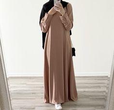 Modest Fashion Hijab, Abaya Fashion, Fashion Dresses, Hijab Style Dress, Abaya Style, Muslim Women Fashion, Islamic Fashion, Mode Turban, Mode Abaya