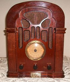 Norman Rockwell Collectors Edition Radio by sistersusiesells, $60.00