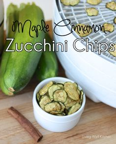 A snack you can feel good about eating ~ Maple Cinnamon Zucchini Chips are incredibly simple and require only 5 ingredients to make. from Living Well Kitchen @memeinge