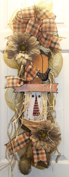 Welcome Fall Scarecrow Swag - love the plaid bow Thanksgiving Mesh Wreath, Holiday Wreaths, Autumn Crafts, Holiday Crafts, Fall Scarecrows, Scarecrow Crafts, Teacher Wreaths, Fall Swags, Fall Deco Mesh