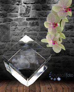 En flott #diamantkube med #lasergraverte gutter som ville gjort enhver mamma stolt på #morsdagen som #morsdagsgave eller som hvilken som helst #gave fra #krystallfoto