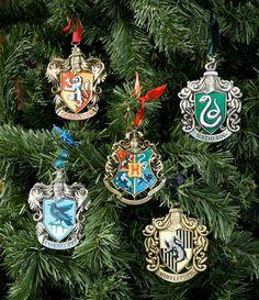 Harry Potter Xmas Decs - <3 Need for next year.