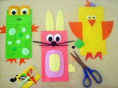 These are fun to make. If you don't have colored paper lunch bags, have the kids paint them a solid (or multi) colour.
