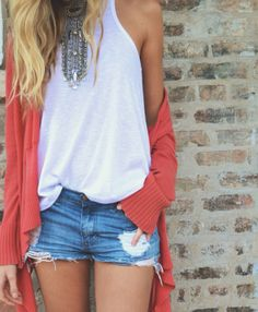 Simple casual + bold necklace
