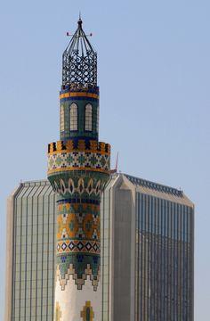 Minarete y Torre en Tijuana, Mexico