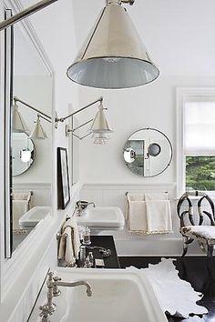 white coastal bathroom