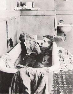 A Jurubeba Cultural: Imagens...do ler   (Charles Chaplin, 1922).                         ...