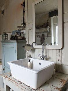 huisjekijken gespot…poseleinen wasbak