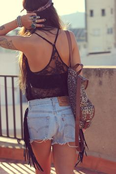 high waisted shorts & casual black vest