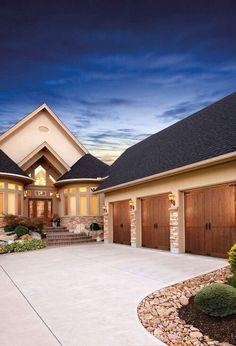 , we carry a wide selection of residential garage doors. Check out the iconic raised panel steel carriage house style garage door from the Gallery Collection. Made with or without insulation with many design options. Wood Garage Doors, Garage Door Design, Architecture Design, Residential Garage Doors, Boho Home, Traditional Exterior, Traditional Design, Décor Boho, House Goals