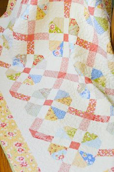 A Quilting Life - a quilt blog: Sunwashed and Marigolds