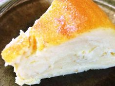 洗い物なし!炊飯器でチーズケーキ風ケーキの画像 Sweets Recipes, Desserts, Cornbread, Cheesecake, Food And Drink, Baking, Eat, Ethnic Recipes, Rice Cooker