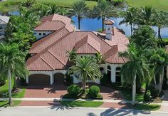 ESTATE HOME ON GOLF COURSE IN MIZNER COUNTRY CLUB. #JAGHOMES #LANGREALTY #JULIEANNGIACHETTI #LUXURYREALESTATE #FLORIDA