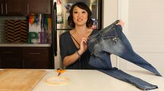 We found this Pinterest pin that says we can easily make our own super cute wall organizer from nothing but an old pair of jeans and an embroidery hoop. Is it r…