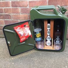 Upcycled Jerrycan Jerry can mini bar recycled man cave gift Diy Furniture Accessories, Camping Accessories, Cool Furniture, Propane Tank Art, Jerry Can Mini Bar, Man Cave Gifts, Old Pallets, Drink Dispenser, Camping Gifts