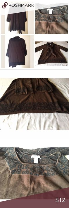 """Style & Co Women's blouse w/scarf half sleeve SZXL Style & Co Women's top blouse with scarf half sleeve Brown shirt Size XL Descriptions: Brand- Style & Co. Tag Size- XL Color-Brown Made in China Pet Free Smoke Free  Measurements: Shoulder To Shoulder- 15"""" Sleeve- 22"""" Chest- (Lying Flat)-21"""" Length- 29"""" Hem-25"""" Thank You for Shopping at Chiqui's Spot  -Shipping  Item will ship within 1 business day Style & Co Tops Blouses"""