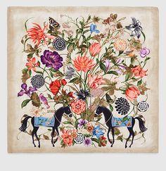pañuelo de sarga de seda con estampado de jardín