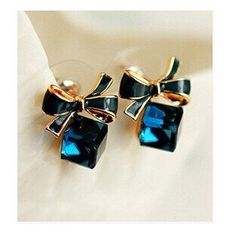 2016 Fashion Lovely Blue Lady Bow Crystal Cubic Ear Stud Earring Gift For Lover Girls ne424