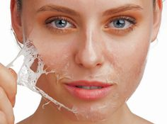 Home Solutions for Peeling Skin is easy to use. you can care your skin any time when you want using these simple steps for Peeling skin care. Salicylic Acid Peel, Hyaluronic Acid, Chemical Skin Peel, Haut Routine, Pele Natural, Dry Skin On Face, Oily Skin, Oily Scalp, Skin Whitening