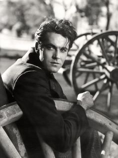"Henry Fonda (May 16, 1905 - August 12, 1982) as Dan Harrow in ""The Farmer Takes a Wife"", 1935 age 30 #actor"
