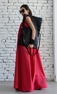 NEW Summer Collection Black Maxi Extravagant Circle Tote Genuine by METAMORPHOZA. Available now on Etsy.