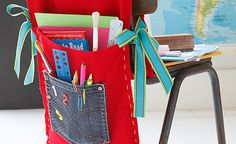 Get creative by making your child's chair bag yourself. Not only will it stand out from the rest but you can put it in a memory box and keep it as a momentum of their 1st day at school :-) >>> http://ow.ly/syP4c #Back2School #ChairBag #DIY