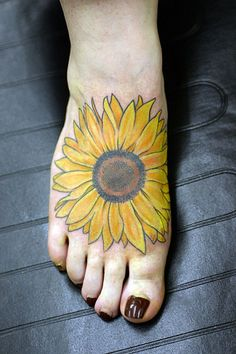 Sunflower Tattoo Designs | with sun flower tattoo on back sunflower tattoo on foot