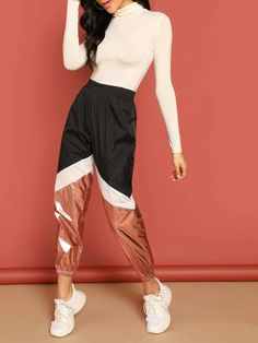 To find out about the Color-block Contrast Metallic Pants at SHEIN, part of our latest Pants ready to shop online today! Fashion News, Fashion Outfits, Type Of Pants, Cropped Pants, Autumn Fashion, Pants For Women, Cute Outfits, How To Wear, Clothes
