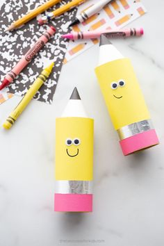 Paper Roll Pencil Recycled Crafts Kids, Easy Crafts For Kids, Toddler Crafts, Crafts To Make, Tin Foil Crafts, Car Cake Tutorial, Pencil Crafts, Best Teacher Gifts, Back To School Crafts