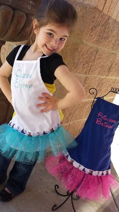 Items similar to Frozen Tutu Personalized Aprons on Etsy – Kinder Childrens Apron Pattern, Childrens Aprons, Frozen Tutu, Princess Aprons, Personalized Aprons, Kids Dress Up, Cute Aprons, Sewing Aprons, Kids Apron