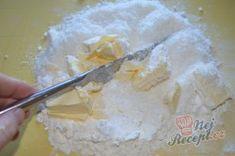 Nejlepší foukané rohlíčky | NejRecept.cz Icing, Desserts, Food, Postres, Deserts, Hoods, Meals, Dessert, Food Deserts