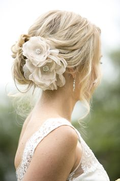 "Nicole wearing the ""Large english rose comb"" in blush with custom beaded centres from Kristi Bonnici Bridal collection."