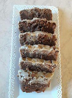 Κέικ με baileys ! Baileys, Greek Recipes, Cooking, Desserts, Food, Kitchen, Tailgate Desserts, Deserts, Essen