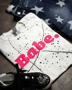 Babe Splatter Tee: White - Off the Racks Boutique Badass Style, Cool Style, Trendy Girl, Screen Design, Apple Watch Bands, Boutiques, Best Sellers, Babe, Community