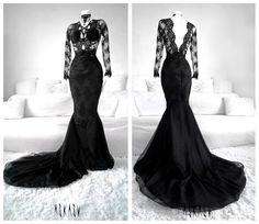 Poison Ivy Gown by Askasu Dark Fashion, Gothic Fashion, Cute Dresses, Prom Dresses, Formal Dresses, Gothic Mode, Mode Glamour, Fantasy Gowns, Fru Fru