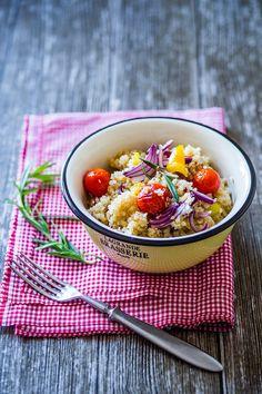 Quinoa s rajčaty a fenyklem Quinoa, Acai Bowl, Breakfast, Food, Hoods, Meals