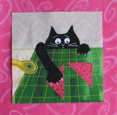 Super patchwork quilt patterns ideas appliques mug rugs ideas Cute Quilts, Small Quilts, Mini Quilts, Dog Quilts, Cat Applique, Applique Quilts, Quilt Baby, Quilting Projects, Sewing Projects
