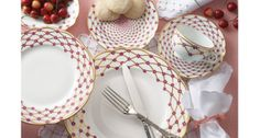 Havilan & Parlon produce classic and contemporary porcelain tableware #porcelain #tableware #red #white #traditional #formal