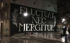 fluctuat-nec-mergitur-grim-team- La devise de Paris s'affiche Canal Saint-Martin