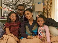 This is Us Eris Baker, Sterling K Brown, Susan Kelechi Watson and Faithe Herman This Is Us Serie, Milo This Is Us, Best Fiction Movies, New Shows, Best Tv, Pretty People, Favorite Tv Shows, Movies And Tv Shows, Actors & Actresses